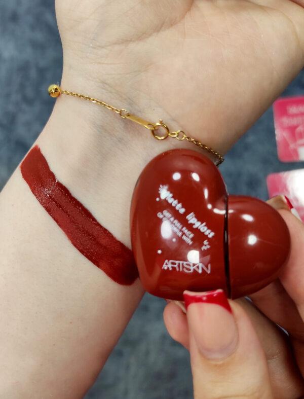 رژلب قلبی 600x787 - رژلب مایع طرح قلبی